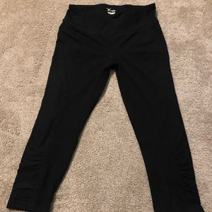 Old navy Active crop leggings